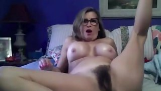 Fuck my perfect hairy mature vagina!