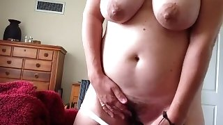 Amateur mom cumming homemade