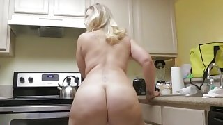 Big Butt Young Thick Chubby Blonde PAWG Whooty --- bbwhdmilf.com/